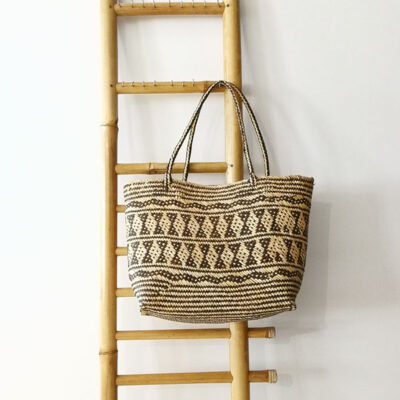hand made straw shoppers bag