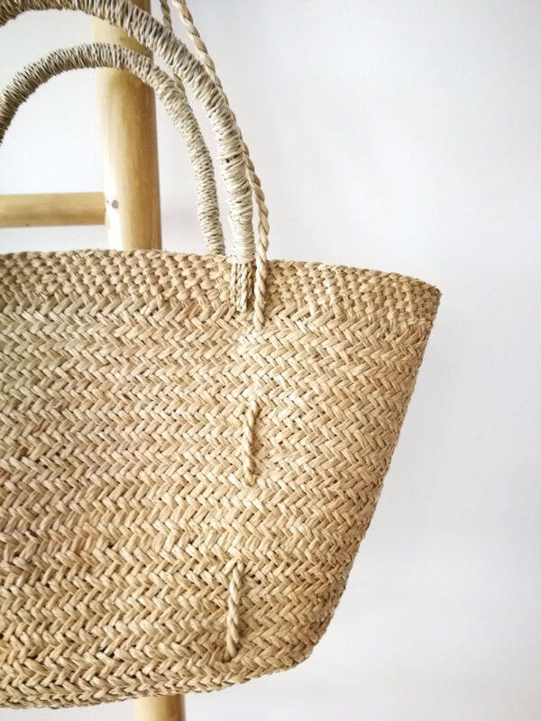 handmade straw shoulder bag with button